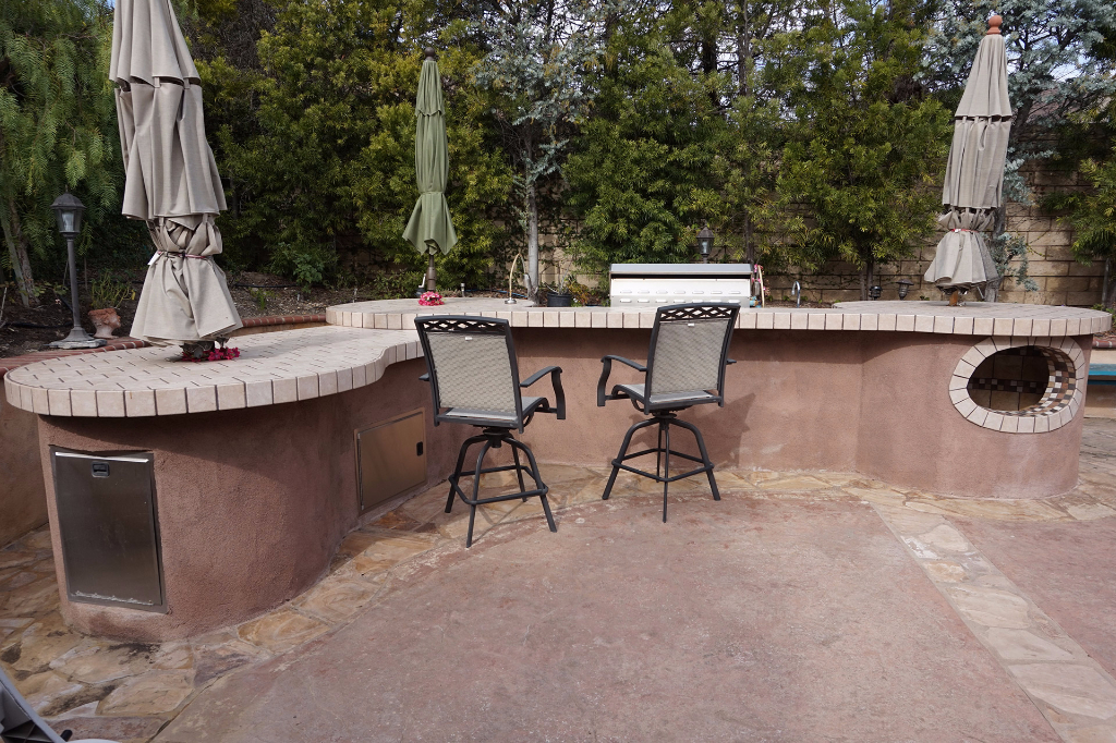 Dos Vientos Newbury Park custom outdoor BBQ kitchen wide angle