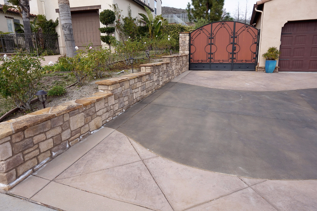 Stone Retaining Wall and Custom Concrete Driveway in Dos Vientos Newbury Park
