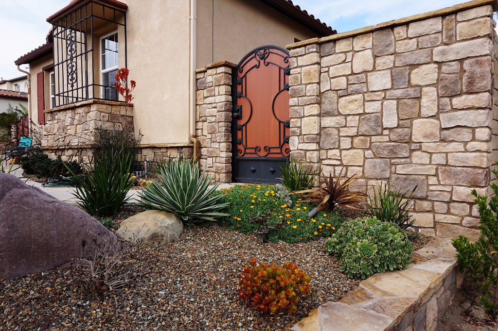 Custom Stone Walls and Veneer Features